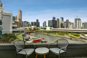 Melbourne Holiday Apartments Flinders Wharf